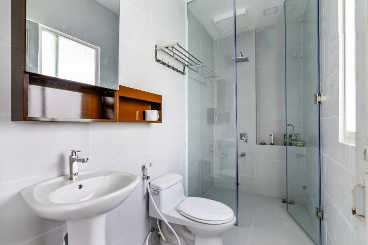 bathroom rentapartment