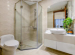 1010 bathroom vinhomes 2