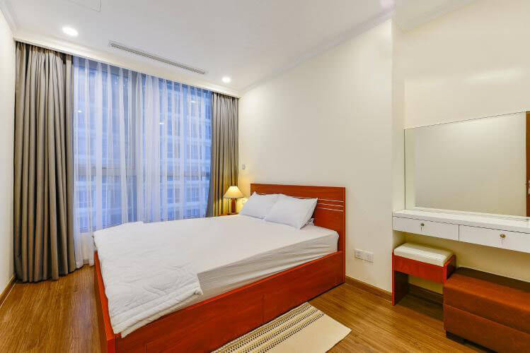 1010 bedroom 2