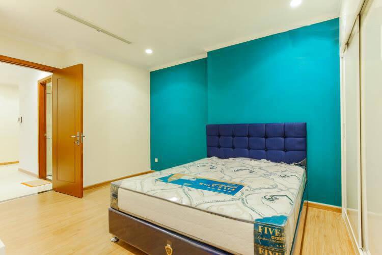1014 bedroom
