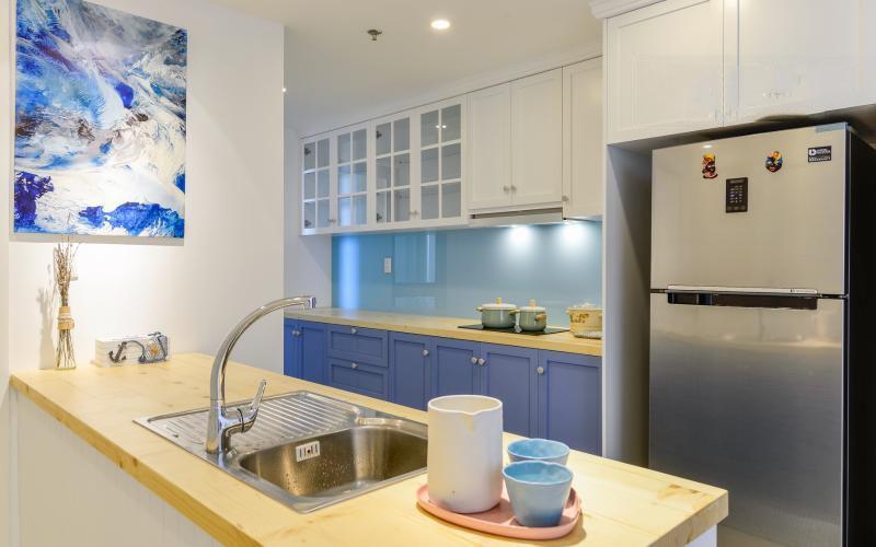 1019 kitchen area