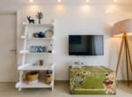 1019 ladderin living-room