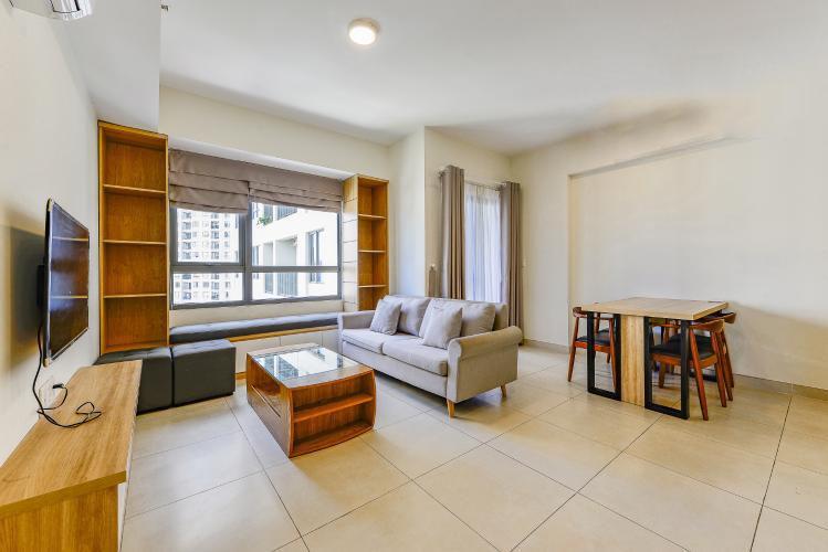 1020 livingroom area