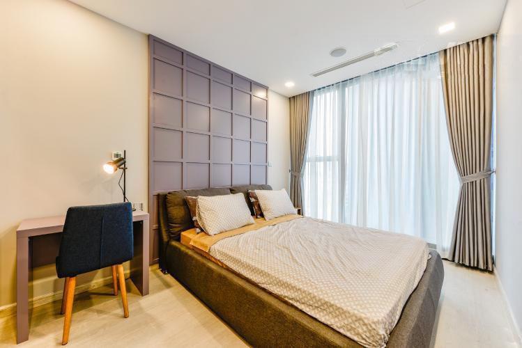 1032 cozy bedroom