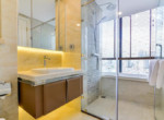 1034 bathroom bathtub
