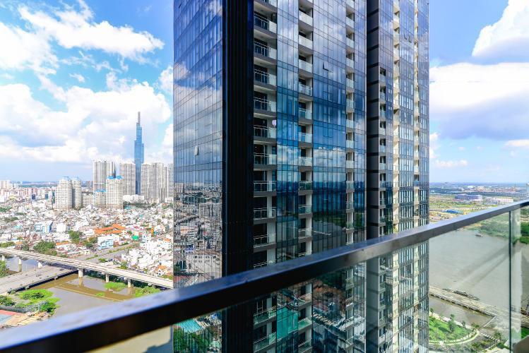 1035 vinhomes building balcony