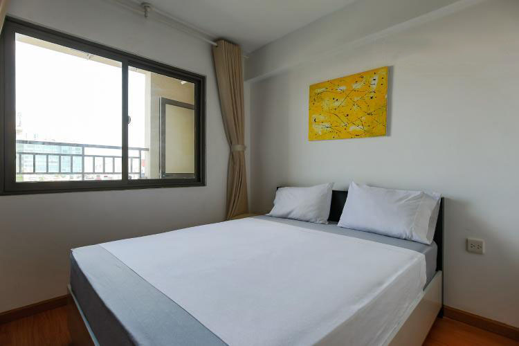 1040 bedroom 1
