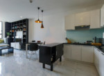 1040 kitchen area