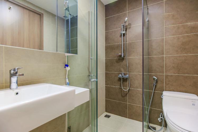 1042 bathroom 1