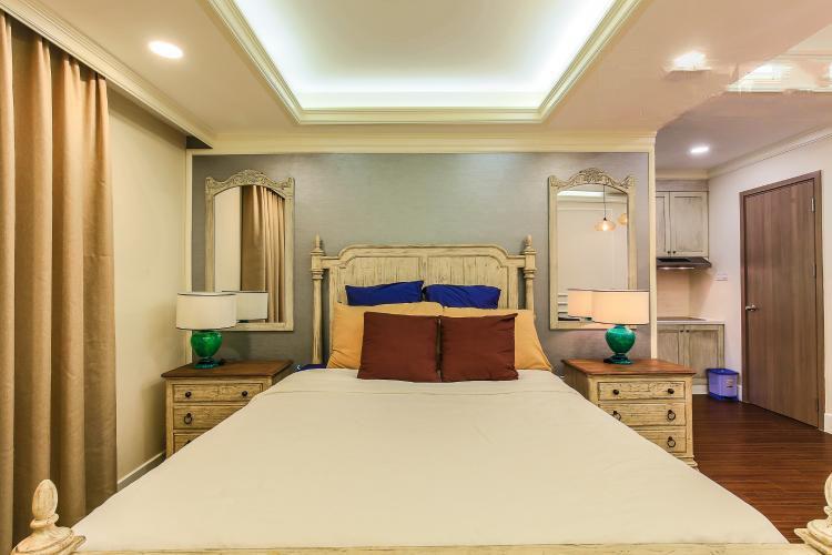 1042 bedroom wooden floor-2