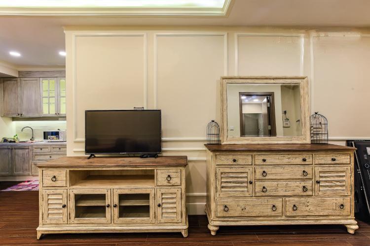 1042 classic design apartment