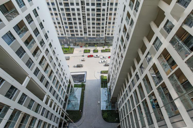 1047 building view