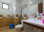 1048-bathroom-2