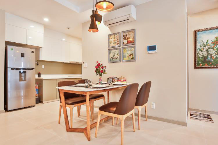 1051 the gold view dining table