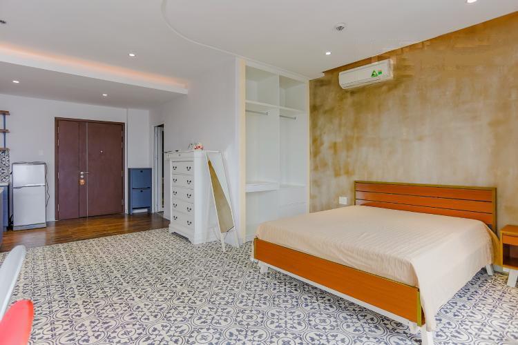 1056 bedroom master 2