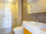 1060 bathroom bright