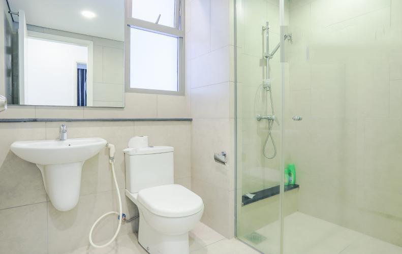 1071 riviera point bathroom