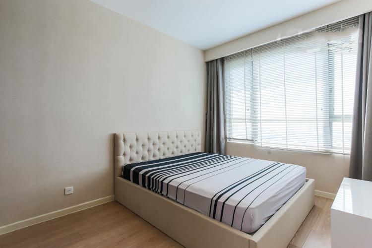 1076 riviera point bedroom