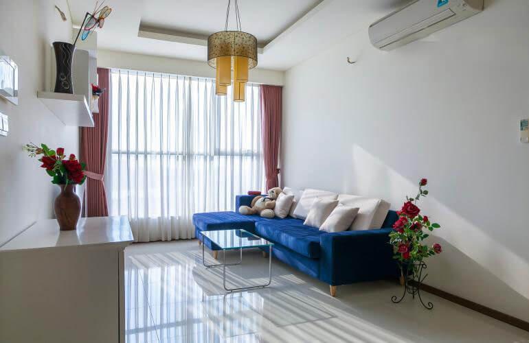 1079 thao dien pearl bathroom living room are