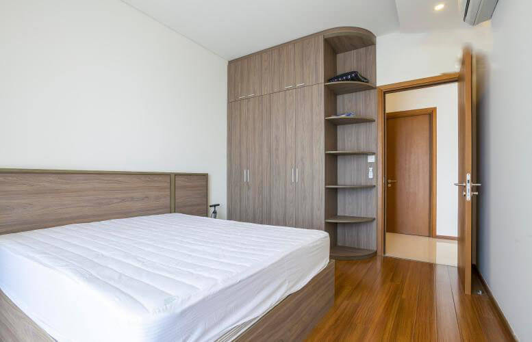 1080 thao dien pearl bedroom spacious 1