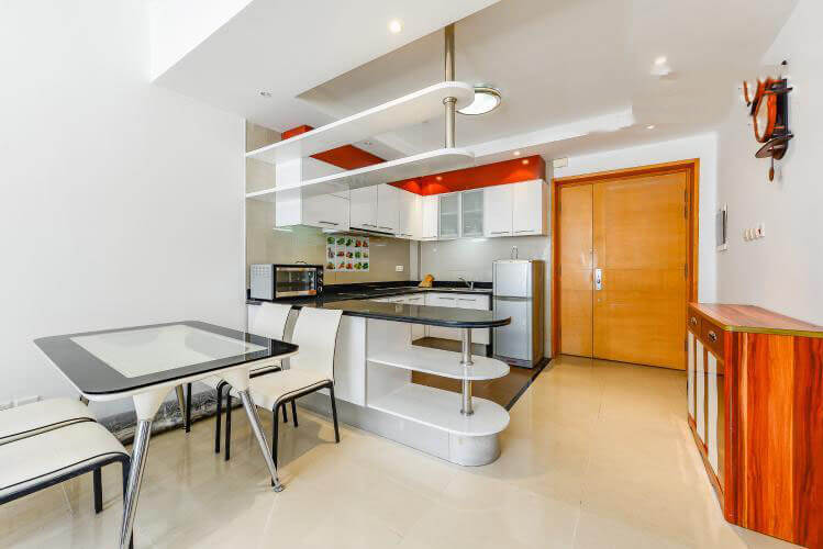 1086 saigon pearl kitchen space