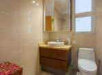 1087 saigon pearl clean bathroom