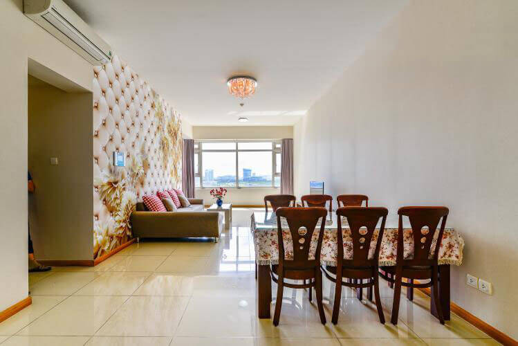 Bright Apartment for rent in Saigon Pearl