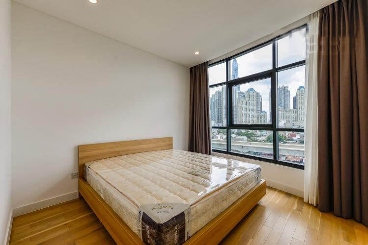 1098 city garden bedroom master 1