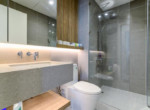 1100 city garden bathroom apartment