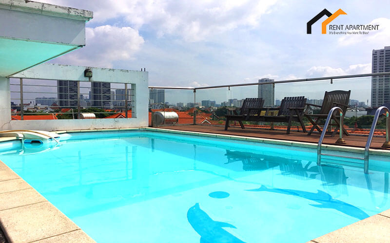 1120 pool servied apartment