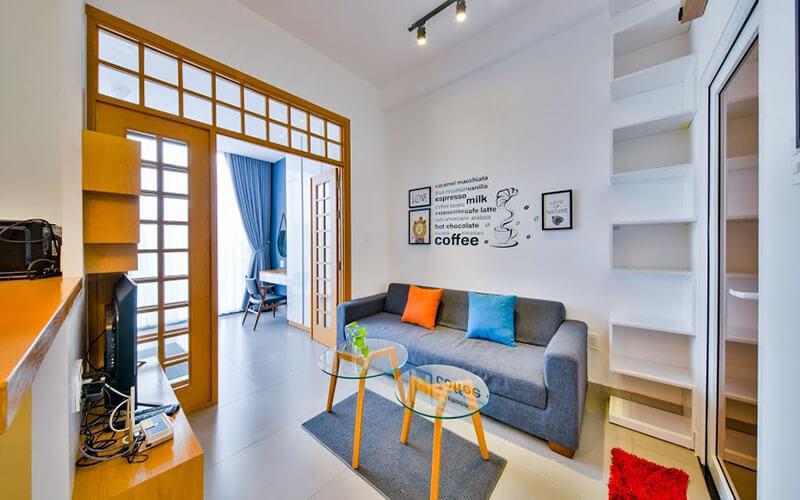 1123 sofa bed apartment