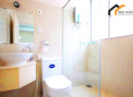 1133 bathroom serviced apartment