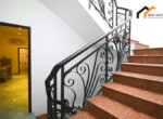 1154 serviced apartment stair