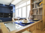 1160 dining table apartment