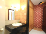 1165 spacious bathroom serviced apartment
