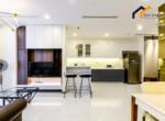 1225 RENTAPARTMENT Apartments houses bathroom