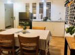 1267 table apartment rental