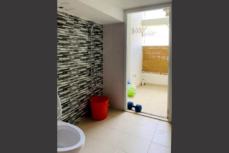 rent Duplex toilet flat property
