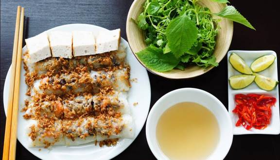 Banh Cuon (Steamed Rice Roll)