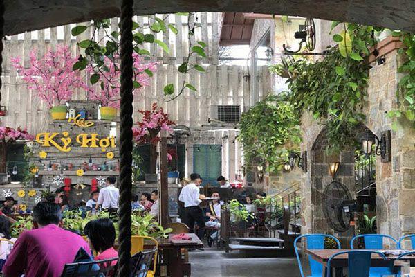 family garden cafe