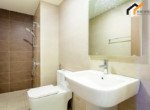 Real estate table bathroom serviced owner