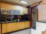 apartment bedroom storgae condominium district