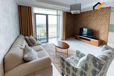 apartment livingroom toilet balcony lease