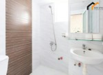 apartment-building-wc-renting-owner