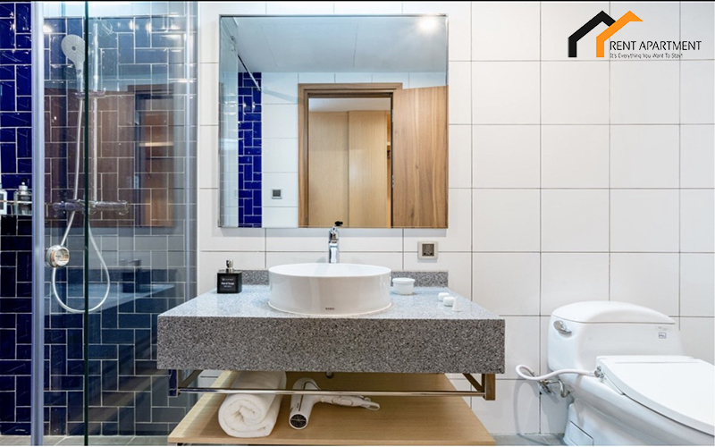 Bathroom serviced apartment to rent