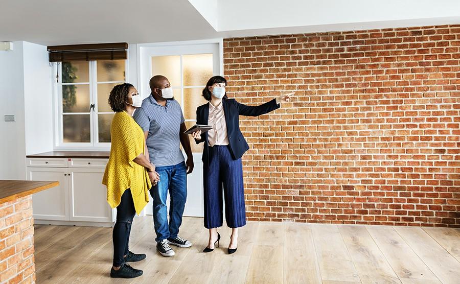 Real estate agent là gì