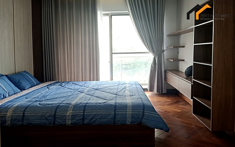 loft sofa rental studio owner