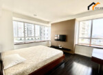 apartments Storey storgae window rent