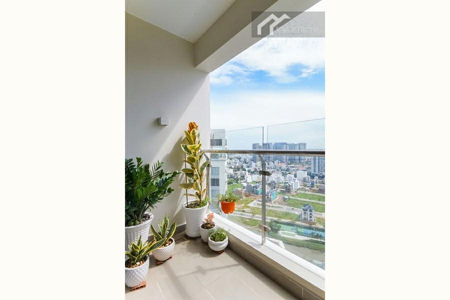 House terrace wc window rentals