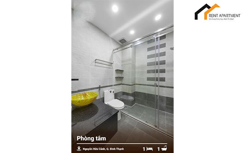 Real estate fridge toilet studio tenant